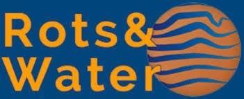 Logo rots en water